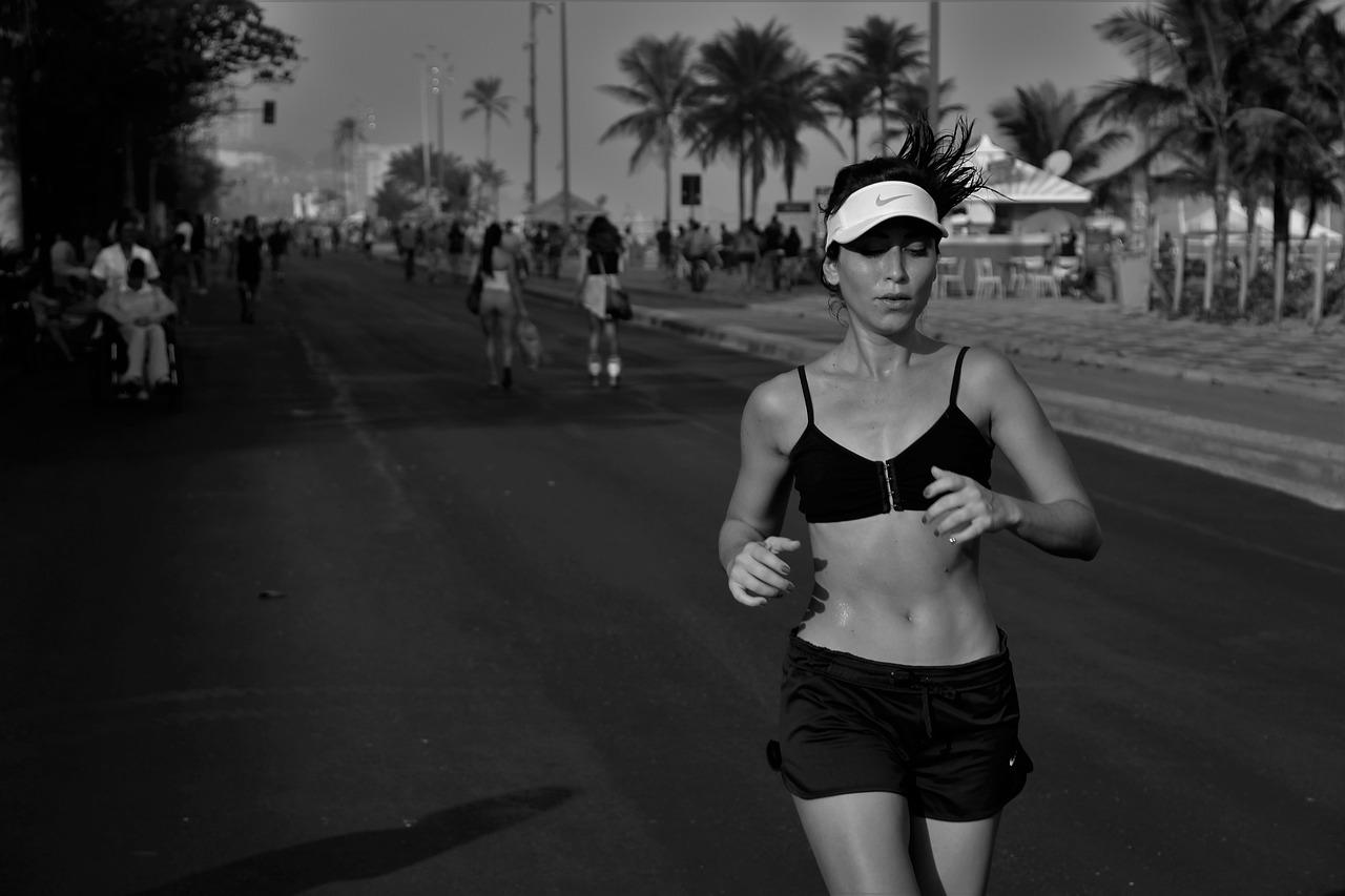 エクササイズ、ランニング、ジョギングのイメージ画像