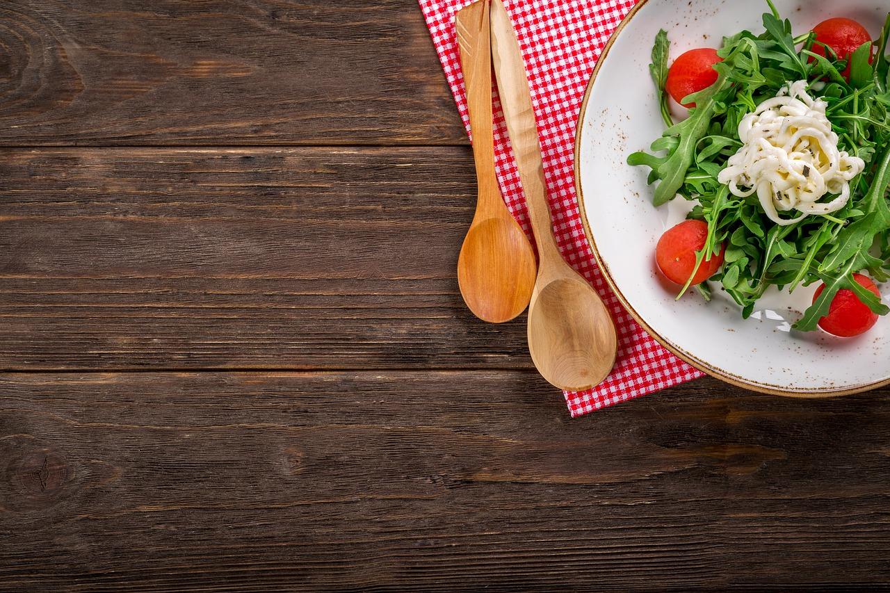 食事制限、糖質制限、置き換えダイエットのイメージ画像
