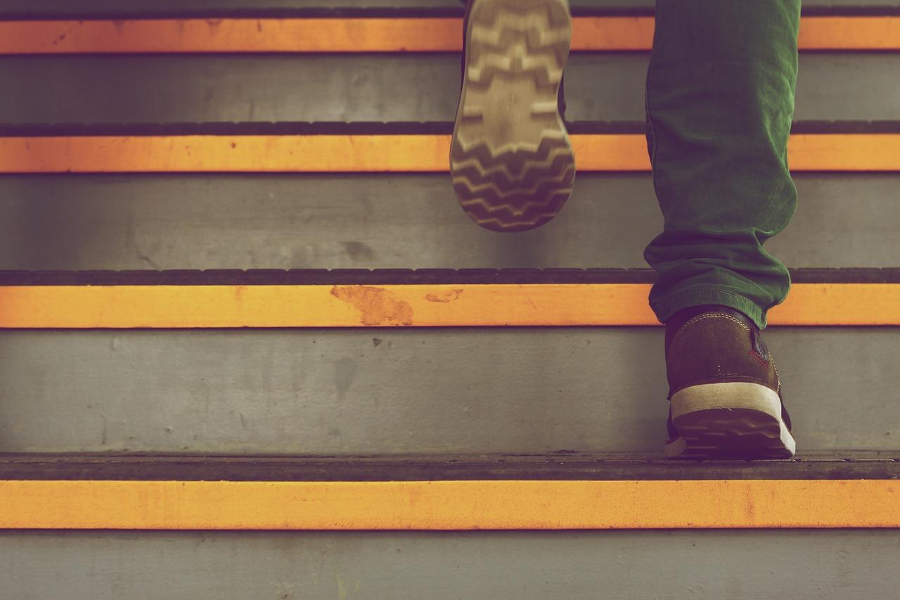 踏み台昇降のイメージ画像